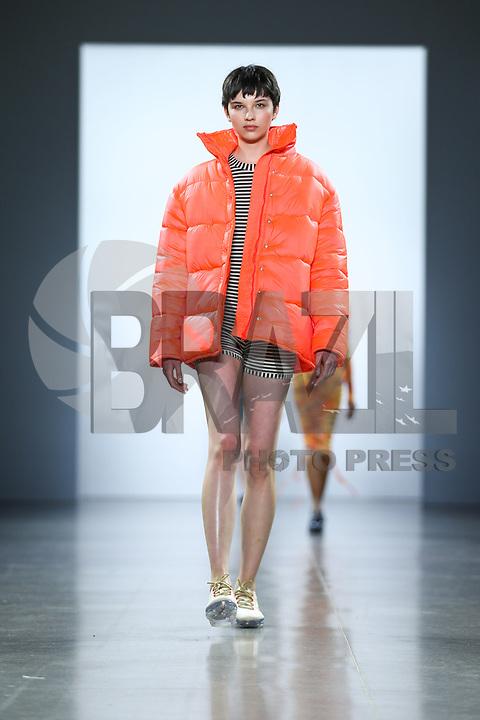 NOVA YORK ,EUA 09.02.2019 - MODA-NYFW - Modelo durante desfile Concept Coreia  no New York Fashion Week (NYFW) em Nova York neste sabado,09. (Foto: Vanessa Carvalho/Brazil Photo Press)