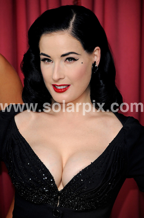 **ALL ROUND PICTURES FROM SOLARPIX.COM**.**WORLDWIDE SYNDICATION RIGHTS**.Pictures Show Dita Von Teese with models at the Wonderbra launch, Dorchester Hotel, London..JOB REF:  10009    MSR    DATE:  23.09.09.**MUST CREDIT SOLARPIX.COM OR DOUBLE FEE WILL BE CHARGED**.**MUST NOTIFY SOLARPIX OF ONLINE USAGE**.**CALL US ON: +34 952 811 768 or LOW RATE FROM UK 0844 617 7637**