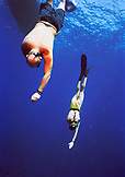 CAYMAN ISLANDS, Grand Cayman, Canadien National freedivers practice their descent in the Caribbean Sea