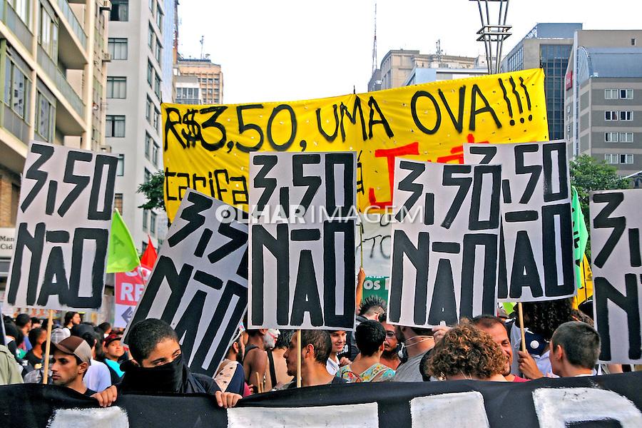 Manifestaçao contra aumento dos transportes. Movimento Passe Livre, MPL. Sao Paulo. 2015. Foto de Marcia Minillo