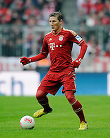 FUSSBALL   1. BUNDESLIGA  SAISON 2012/2013   18. Spieltag FC Bayern Muenchen - SpVgg Greuther Fuerth       01.12.2012 Bastian Schweinsteiger (FC Bayern Muenchen) am Ball