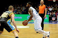 GRONINGEN - Basketbal, Donar - Den Helder Suns, Martiniplaza, Dutch Basketbal League,  seizoen 2018-2019, 27-11-2018,  Donar speler Lance Jeter met Den Helder speler Alex Laurent