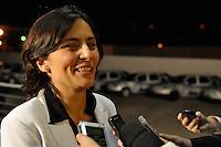 ATENÇÃO EDITOR: FOTO EMBARGADA PARA VEÍCULOS INTERNACIONAIS. - OSASCO, SP, 03 SETEMBRO DE 2012 – DEBATE REDETV – Candidato a prefeitura de São Paulo Soninha Francine chega para debate que será realizado na noite desta segunda feira (03) pela RedeTV, na sede da emissora em Osasco. (FOTO: LEVI BIANCO / BRAZIL PHOTO PRESS).
