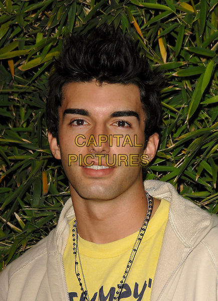 JUSTIN BALDONI.attends The Brandon Davis Jean by Replay Launch & Store Opening held at The Falcon Nightclub in Hollywood, Los Angeles, California, USA, on April 24, 2006..portrait headshot.Ref: DVS.www.capitalpictures.com.sales@capitalpictures.com.©Debbie VanStory/Capital Pictures