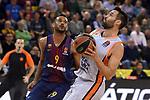 Turkish Airlines Euroleague 2017/2018.<br /> Regular Season - Round 8.<br /> FC Barcelona Lassa vs Valencia Basket: 89-71.<br /> Adam Hanga vs Fernando San Emeterio.