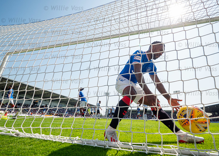 25.08.2019 St Mirren v Rangers: Jermain Defoe blasts the ball back into the net as Borna Barisic celebrates