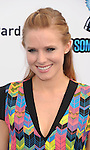 SANTA MONICA, CA - AUGUST 19: Kristen Bell  arrive at the 2012 Do Something Awards at Barker Hangar on August 19, 2012 in Santa Monica, California. /NortePhoto.com....**CREDITO*OBLIGATORIO** ..*No*Venta*A*Terceros*..*No*Sale*So*third*..*** No Se Permite Hacer Archivo**