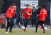 Daichi Kamada (Eintracht Frankfurt), David Abraham (Eintracht Frankfurt), Taleb Tawatha (Eintracht Frankfurt) - 06.03.2018: Eintracht Frankfurt Training, Commerzbank Arena