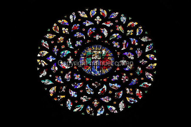 Coronation of the Virgin, Rose window, 1459, Church Santa Maria del Mar, 1324-79, Barcelona, Catalonia, Spain,  by Berenguer de Montagut, founded to commemorate the Catalan conquest of Sardinia in the reign of Jaume II (1267-1327), its name represents the naval supremacy of the House of Barcelona. It stands on the site of a Roman cemetery (4th-6th century). Picture by Manuel Cohen