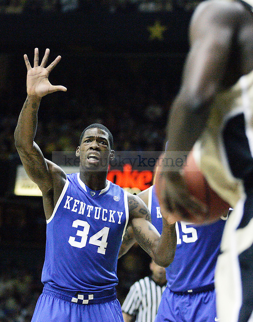 Sophomore guard DeAndre Liggins guards a Vandy player in the first half of UK's game vs. Vandy at Memorial Gymnasium in Nashville on Saturday, Feb. 20. 2010. Photo by Britney McIntosh | Staff