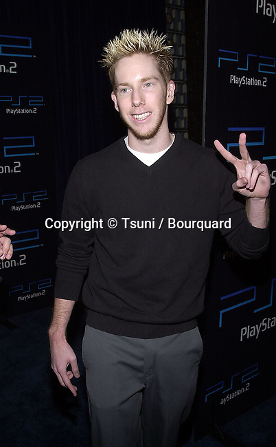 Chris Owen arriving at the PlayStation 2 E3 party at the American Legion in Los Angeles  5/15/2001 © Tsuni          -            OwenChris06.jpg