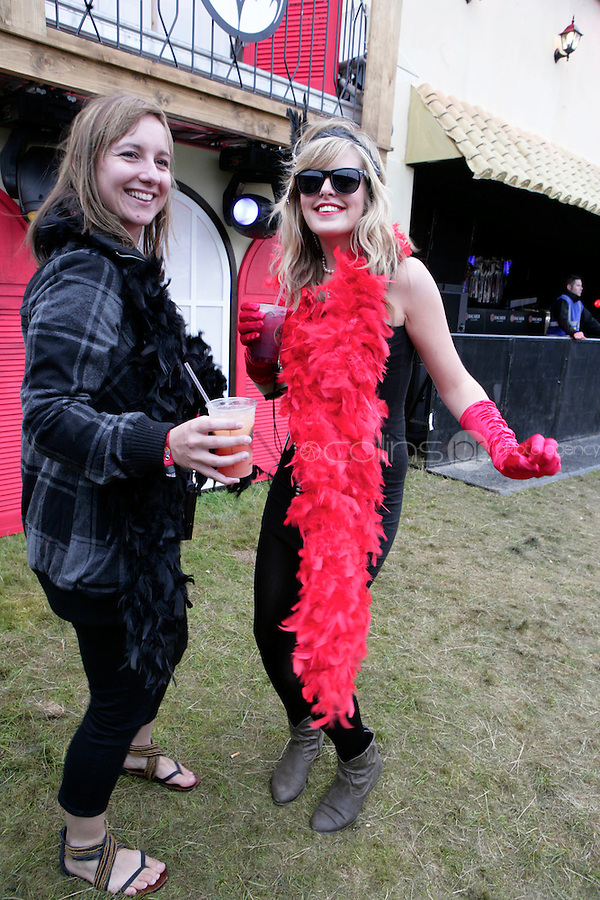 5/9/10 Sue O'Shea, England and Lauren Inglis, Scotland at Electric Picnic in Stradbally, Co Laois. Picture:Arthur Carron/Collins