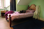 One of the only 10 beds in Britain that have been set aside for young runaways. With 100,000 reported young runaways a year in Britain, that means there is only one bed for every 10,000 children that runaway from home each year. Because of the child protection law all adult shelters in Britain must turn away anyone under the age of 18.<br />
