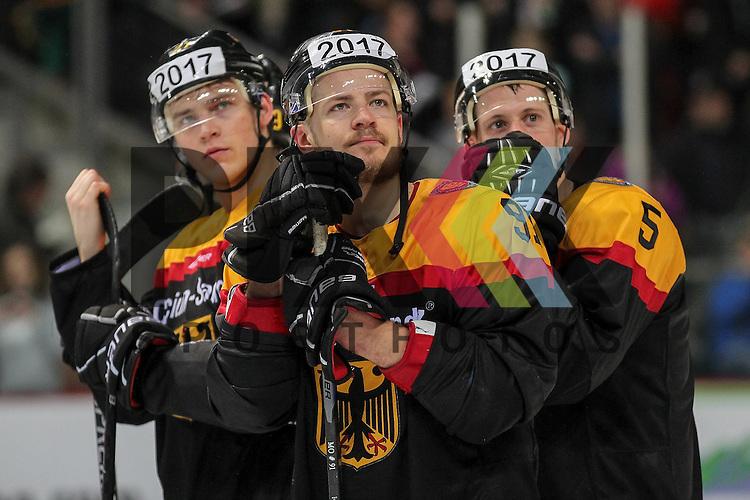 Deutschlands Mueller, Moritz (Nr.91)(Koelner Haie) und Deutschlands Brueckner, Benedikt (Nr.5)(EHC Red Bull Muenchen) beim Best Player Award im Spiel IIHF WC15 Germany - Russia.<br /> <br /> Foto &copy; P-I-X.org *** Foto ist honorarpflichtig! *** Auf Anfrage in hoeherer Qualitaet/Aufloesung. Belegexemplar erbeten. Veroeffentlichung ausschliesslich fuer journalistisch-publizistische Zwecke. For editorial use only.