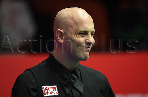 01.04.2016. Beijing, China.  Mark King of England grimaces during the match against Judd Trump of England at the 2016 World Snooker China Open in Beijing, capital of China, April 1, 2016.