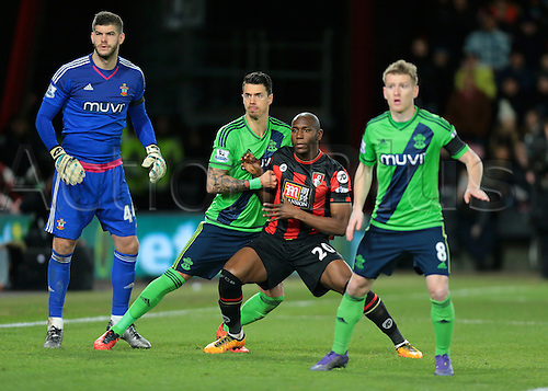 01.03.2016. Vitality Stadium, Bournemouth, England. Barclays Premier League. Bournemouth versus Southampton. Bournemouth Forward Benik Afobe and Southampton Defender José Fonte jostle for position during a Bournemouth corner, as Southampton Goalkeeper Fraser Forster and Southampton Midfielder Steven Davis look for the cross