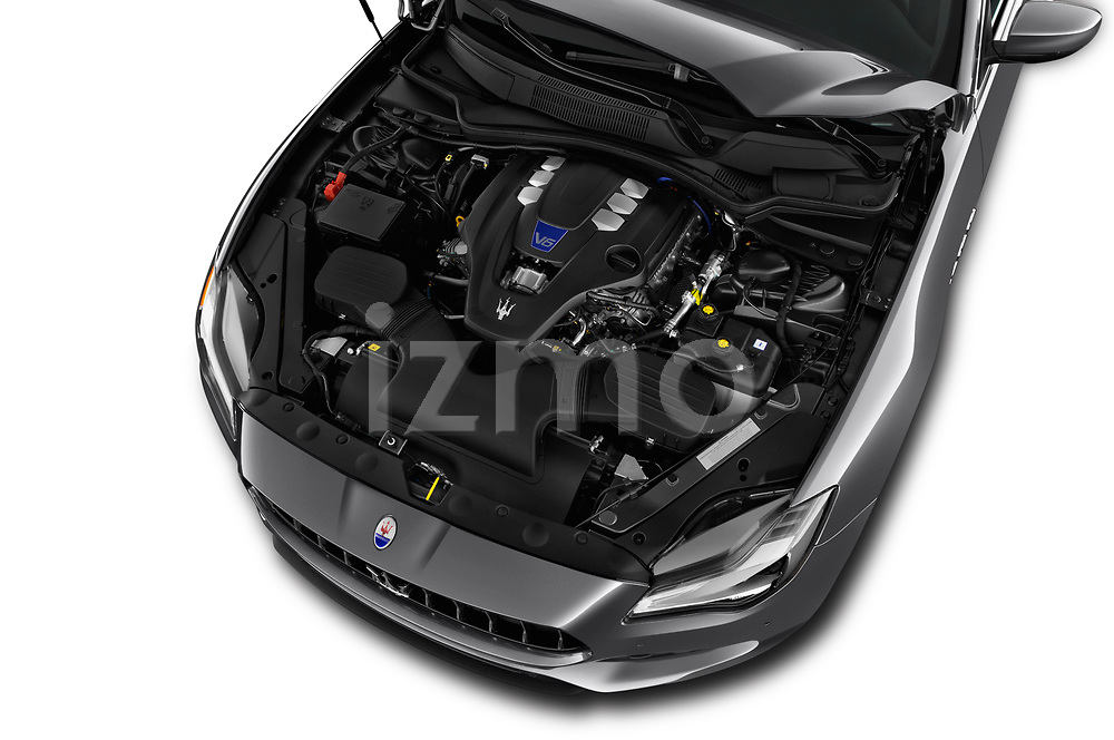 Car stock 2018 Maserati Quattroporte S 2WD 4 Door Sedan engine high angle detail view