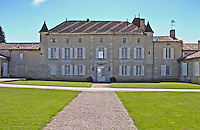 The chateau and garden - Chateau Grand Mayne, Saint Emilion, Bordeaux