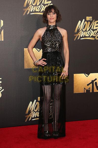 09 April 2016 - Burbank, California - Lizzy Caplan. 2016 MTV Movie Awards held at Warner Bros. Studios. <br /> CAP/ADM/SAM<br /> &copy;SAM/ADM/Capital Pictures