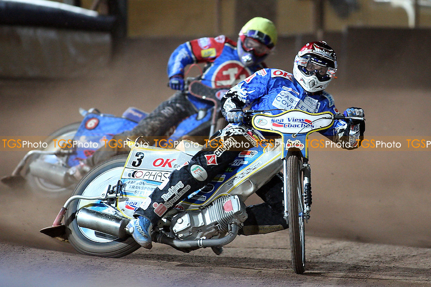 Heat 9: Pedersen (red), Kling (yellow) - Poole Pirates vs Lakeside Hammers - Sky Sports Elite League Play-Off Final, 2nd Leg -  13/10/08 - MANDATORY CREDIT: Gavin Ellis/TGSPHOTO - Self billing applies where appropriate - Tel: 0845 094 6026