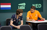 Switserland, Genève, September 16, 2015, Tennis,   Davis Cup, Switserland-Netherlands, Practise Dutch team, team doctor Babette Pluim and Fysio EdwinVisser<br /> Photo: Tennisimages/Henk Koster