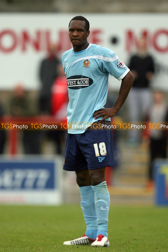 Gavin Hoyte of Dagenham and Redbridge - Morecambe vs Dagenham and Redbridge at the Globe Arena - 21/09/13 - MANDATORY CREDIT: Dave Simpson/TGSPHOTO - Self billing applies where appropriate - 0845 094 6026 - contact@tgsphoto.co.uk - NO UNPAID USE