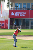 Peter Lawrie (IRL) plays his 3rd shot into the 18th green during Friday's Round 3 of the Commercial Bank Qatar Masters 2013 at Doha Golf Club, Doha, Qatar 25th January 2013 .Photo Eoin Clarke/www.golffile.ie