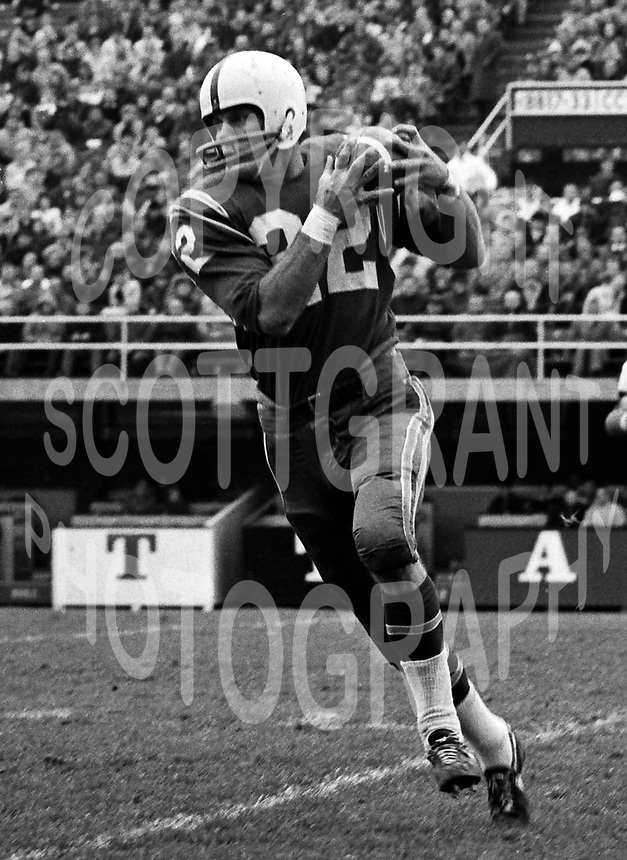 Dick Shatto Toronto Argonauts 1965. Photo Ted Grant