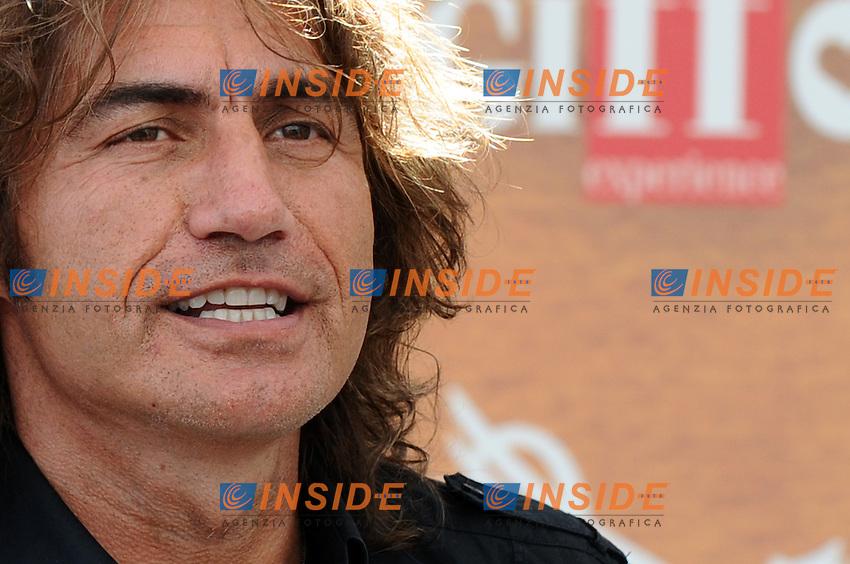 Ligabue Luciano ospite al Giffoni Film Festival.40^ edizione Giffoni FIlm Festival.Giffoni Valle Piania ( SA ), 29.07.2010.Insidefoto