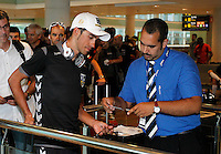 Alberto Contador takes control of loading at the Barcelona airport before the trip to Galicia for the continuation of the following stages of La Vuelta 2012.August 27,2012. (ALTERPHOTOS/Paola Otero) /NortePhoto.com<br />