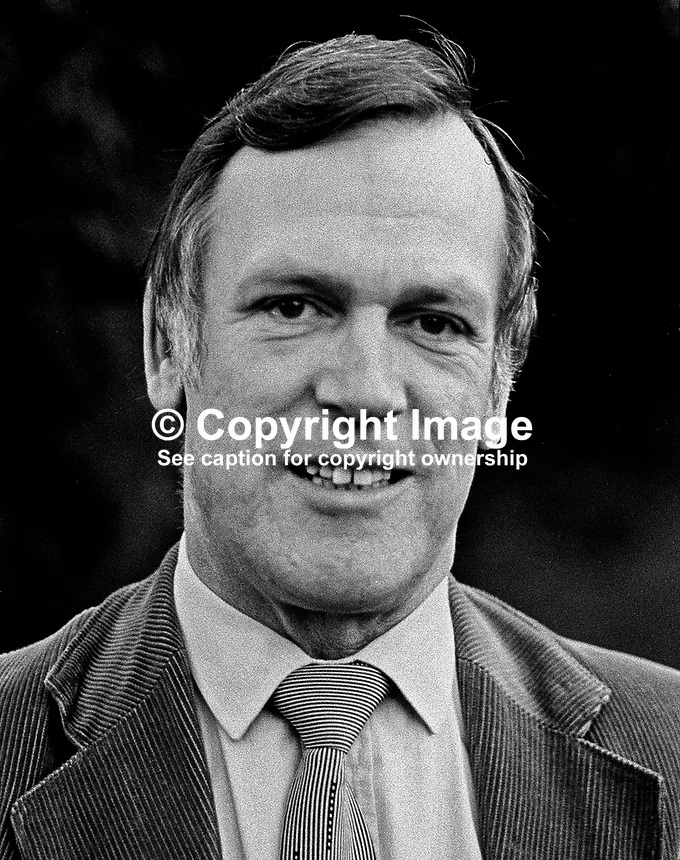 Dr John O'Connell, Labour Party, TD, MP, Rep of Ireland, 198001000020, 20/80..Copyright Image from Victor Patterson, 54 Dorchester Park, Belfast, UK, BT9 6RJ..Tel: +44 28 9066 1296.Mob: +44 7802 353836.Voicemail +44 20 8816 7153.Skype: victorpattersonbelfast.Email: victorpatterson@mac.com.Email: victorpatterson@ireland.com (back-up)..IMPORTANT: If you wish to use this image or any other of my images please go to www.victorpatterson.com and click on the Terms & Conditions. Then contact me by email or phone with the reference number(s) of the image(s) concerned.