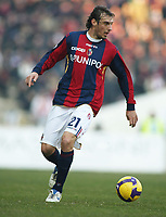 Bologna's Cristian Zenoni in action during their italian serie A soccer match at Dall'Ara Stadium in Bologna , Italy , February 21 , 2009 - Photo: Prater/Insidefoto ©