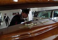 Assets for &euro; 150 million seized at a  Napolitan Mafia Camorra clan including   funeral homes with Rolls Royce and Maserati as hearseAssets for &euro; 150 million seized at a  Napolitan Mafia Camorra clan including   funeral homes with Rolls Royce and Maserati as hearse150 milioni di beni sequestrati   al clan Camoristico dei Moccia   alcune ditte di onoranze funebri che nel loro autoparco di carri funebri avevano Rolls Royce , Maserati e Bentley<br /> <br />  Assets for &euro; 150 million seized at a  Napolitan Mafia Camorra clan including   funeral homes with Rolls Royce and Maserati as hearseAssets for &euro; 150 million seized at a  Napolitan Mafia Camorra clan including   funeral homes with Rolls Royce and Maserati as hearse