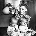 Близнецы (1945)