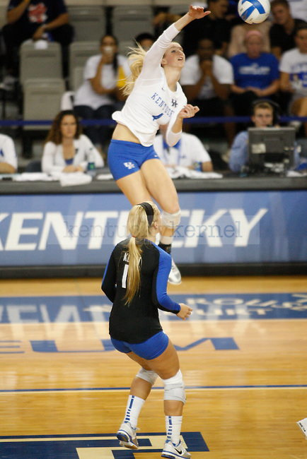 Volleyball v. Tennessee in Memorial Coliseum in Lexington, Ky., on Tuesday, April, 17, 2012. Photo by Genevieve Adams | Staff