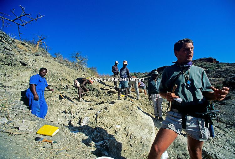 Olduvai Gorge, Tanzania, H. Erectus, H, Habilis, A. Afarensis, Zinjanthropus, Rob Blumenschine, Paleoanthopologist at Rutgers University