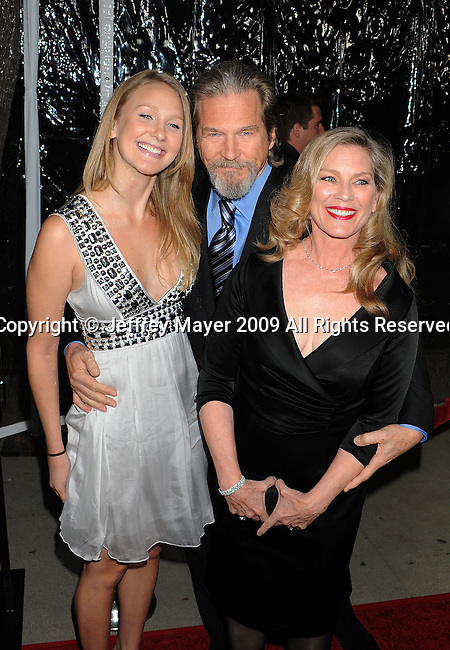 """BEVERLY HILLS, CA. - December 08: Isabelle Bridges, Jeff Bridges and Susan Bridges arrive at the """"Crazy Heart"""" Los Angeles Premiere at the Academy of Motion Picture Arts & Sciences on December 8, 2009 in Los Angeles, California."""