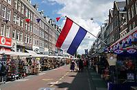Nederland - Amsterdam - Juli 2020.  Het is erg rustig op de Albert Cuypmarkt. Toeristen blijven weg.    Foto ANP / Hollandse Hoogte / Berlinda van Dam