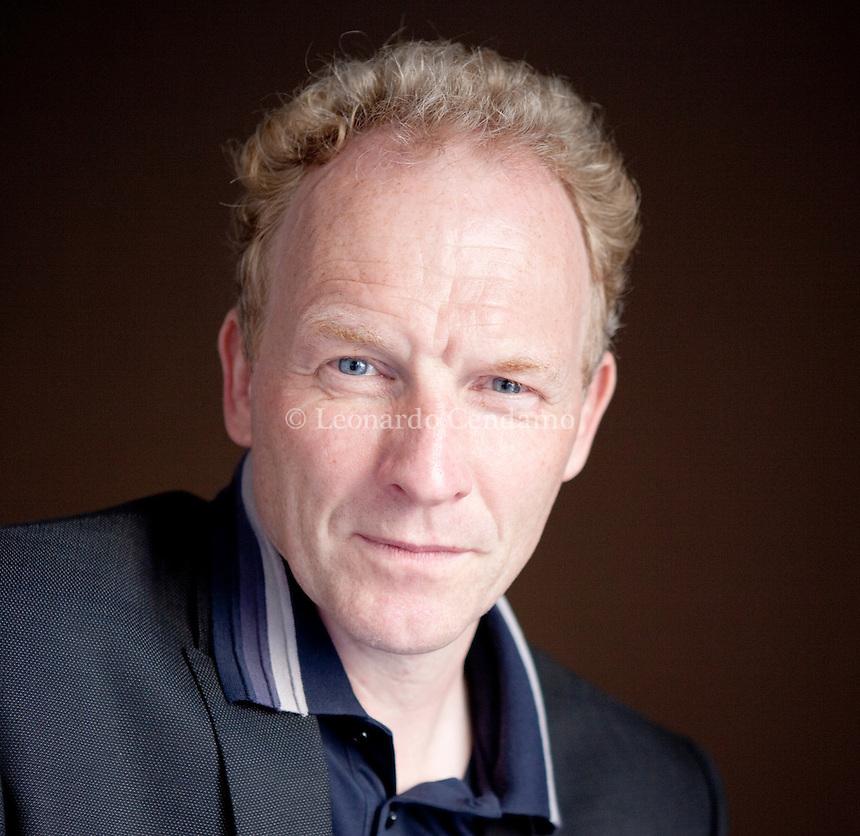 Jón Kalman Stefánsson is an Icelandic author and poet. Mantova, settembre 2012. © Leonardo Cendamo