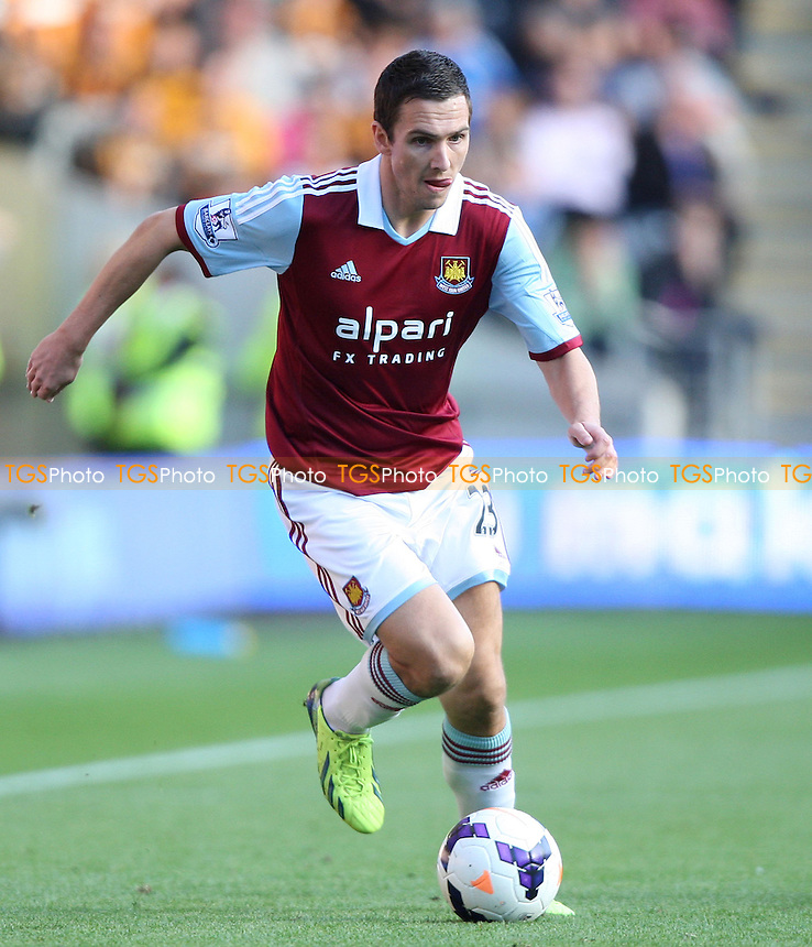 Stewart Downing of West Ham - Hull City vs West Ham Utd, Barclays Premier League at the KC Stadium, Hull - 28/09/13 - MANDATORY CREDIT: Rob Newell/TGSPHOTO - Self billing applies where appropriate - 0845 094 6026 - contact@tgsphoto.co.uk - NO UNPAID USE