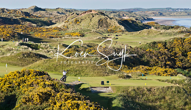 NEWCASTLE NORTHERN IRELAND-  Teen van Hole 9     , ROYAL COUNTY DOWN GC, nr. 3 van de wereldranglijst. .  COPYRIGHT KOEN SUYK