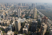 "Südasien Asien Indien IND Mumbai , Appartment Hochhaus Komplex in Andheri East. - Wohnungsmarkt Inder indisch xagndaz | .South Asia India Mumbai , appartments building an skyscraper in surburban Andheri .| [ copyright (c) Joerg Boethling / agenda , Veroeffentlichung nur gegen Honorar und Belegexemplar an / publication only with royalties and copy to:  agenda PG   Rothestr. 66   Germany D-22765 Hamburg   ph. ++49 40 391 907 14   e-mail: boethling@agenda-fototext.de   www.agenda-fototext.de   Bank: Hamburger Sparkasse  BLZ 200 505 50  Kto. 1281 120 178   IBAN: DE96 2005 0550 1281 1201 78   BIC: ""HASPDEHH"" ,  WEITERE MOTIVE ZU DIESEM THEMA SIND VORHANDEN!! MORE PICTURES ON THIS SUBJECT AVAILABLE!! INDIA PHOTO ARCHIVE: http://www.visualindia.net ] [#0,26,121#]"