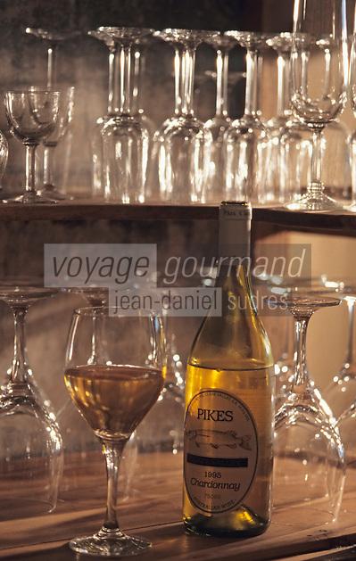 """Océanie/Australie/South Australia/Australie Méridionale/Clare Valey/Auburn: Chardonnay 1995 de Pikes photographié à """"Tatehams Historic Guesthouse"""""""