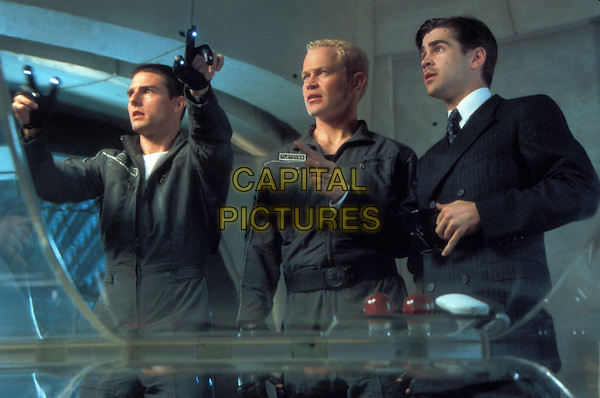 TOM CRUISE, NEAL MCDONOUGH & COLIN FARRELL.as John Anderton, Fletcher & Danny Witwer in Minority Report.Filmstill - Editorial Use Only.Ref:11733.CAP/AWFF.Supplied by Capital Pictures