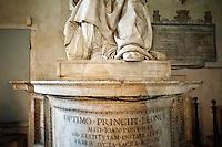 Rome@2013 - Basilica dell'Ara Coeli - Dettaglio della Statua di Leone X<br /> Basilica of Ara Coeli - Detail of the statue of Pope Leo X