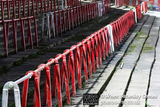 Wrexham 2 Ebbsfleet United 0, 18/11/2017. The Racecourse Ground, National League. The Kop end of the Racecourse Ground. Photo by Paul Thompson.