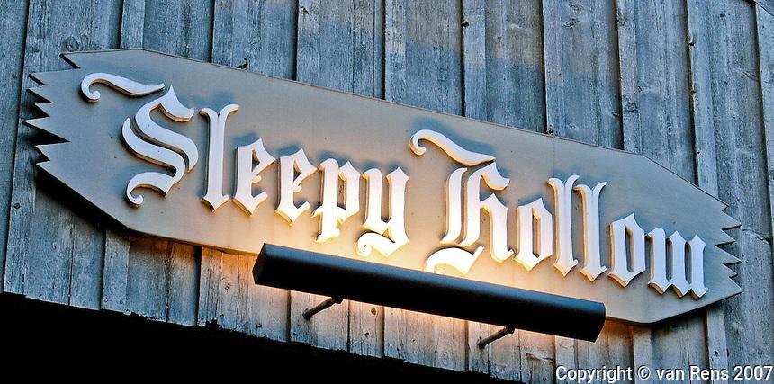 Wooden bridge sign in Sleepy Hollow, Sylvania, OH
