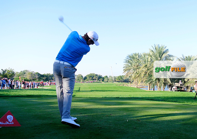 Justin Rose (ENG) tees off the 18th tee during Saturday's Round 3 of the Abu Dhabi HSBC Golf Championship at Abu Dhabi Golf Club, 19th January 2013 .Photo Eoin Clarke/www.golffile.ie