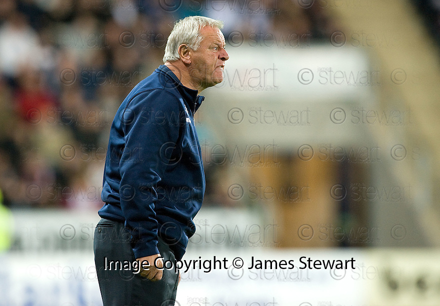21/09/2010   Copyright  Pic : James Stewart.sct_jsp025_falkirk_v_hearts  .:: HEARTS MANAGER JIM JEFFERIES :: .James Stewart Photography 19 Carronlea Drive, Falkirk. FK2 8DN      Vat Reg No. 607 6932 25.Telephone      : +44 (0)1324 570291 .Mobile              : +44 (0)7721 416997.E-mail  :  jim@jspa.co.uk.If you require further information then contact Jim Stewart on any of the numbers above.........