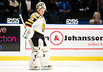***BETALBILD***  <br /> Stockholm 2015-09-19 Ishockey SHL Djurg&aring;rdens IF - Skellefte&aring; AIK :  <br /> Skellefte&aring;s m&aring;lvakt Markus Svensson deppar under matchen mellan Djurg&aring;rdens IF och Skellefte&aring; AIK <br /> (Foto: Kenta J&ouml;nsson) Nyckelord:  Ishockey Hockey SHL Hovet Johanneshovs Isstadion Djurg&aring;rden DIF Skellefte&aring; SAIK depp besviken besvikelse sorg ledsen deppig nedst&auml;md uppgiven sad disappointment disappointed dejected portr&auml;tt portrait